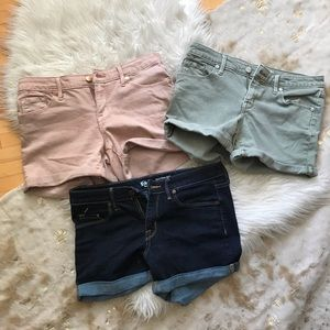 3 pairs Mossimo shorts size 6/ 28 regular